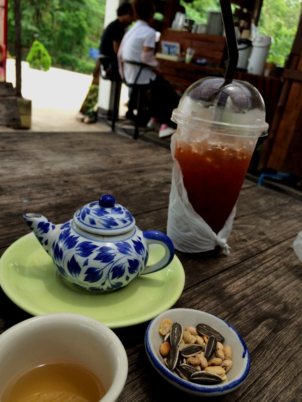 Enroute to Mae Hong Son, I came to a scenic rest stop with a little cafe. I ordered an iced lemon tea. It came with a free pot of hot tea and some nuts.