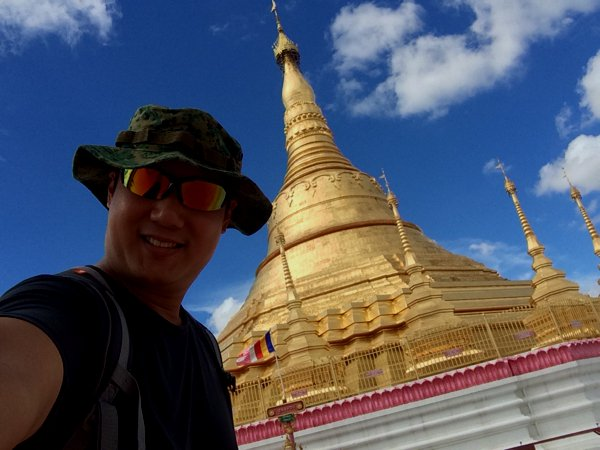 Shwedagon Pagoda in Tachileik, Myanmar.