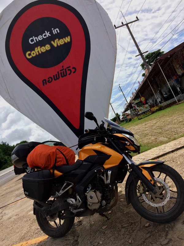 The repaired Bajaj Pulsar 200NS checks in at Coffee View, Chiang Rai. GPS 19°7′29″ N 99°29′8″ E
