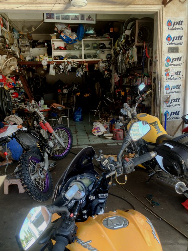 Fuark Motocross motorcycle repair shop. Mr Fuark wasn't around.