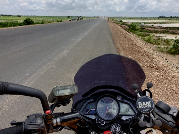 Except for the stretch between Laos-Cambodia border to Stung Treng, the roads in Cambodia are generally great to travel on. And Cambodia is really flat - you can almost see a 360 degree horizon.