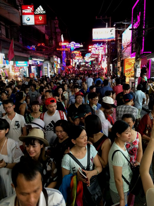 Walking Street in Pattaya was crowded!