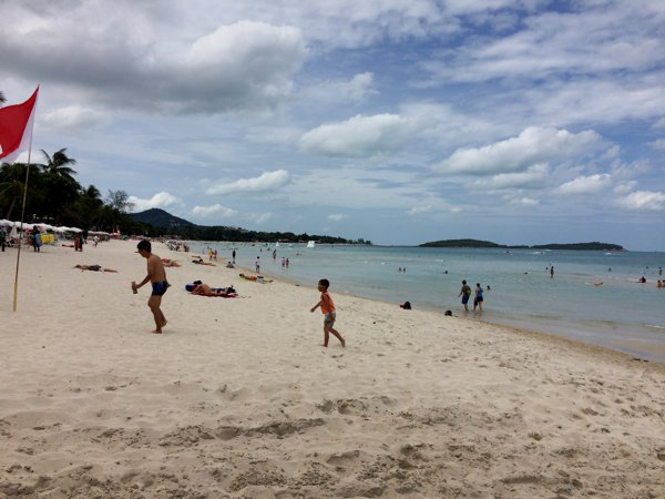 Samui is all about its beaches. I spent some time frolicking along Chaweng Beach.