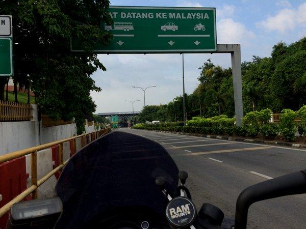 Selamat datang ke Malaysia! (Welcome to Malaysia!)