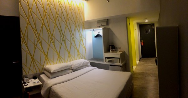XYZ Deluxe room in First World Hotel. RM67 a night. Tip - the walk-in rates are cheaper than the online rates.