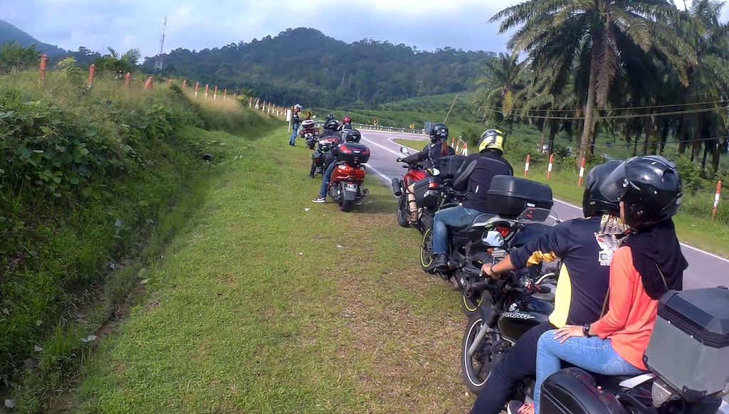 Sunday Morning Ride to Pekan Nanas