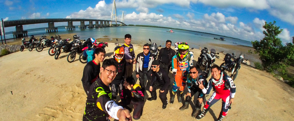 Sunday Morning Off-Road Ride – Getting lost around Tanjung Buai